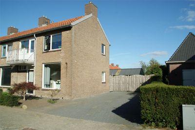 Pesserstraat 34, Hoogeveen