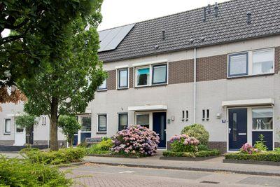 Dagpauwooglaan 137, Veenendaal