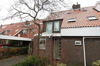 Waterlelie 46, Naaldwijk