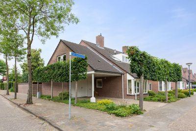 Floris Versterstraat 24, Oosterhout