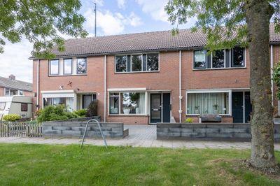Webbinkstraat 87, Westerhaar-Vriezenveensewijk