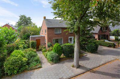 Schoolstraat 37, Nieuw-vennep