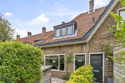 Leuvenstraat 18, Leiden