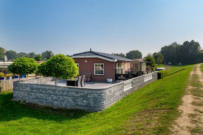 Maasdijk 15-610, Aalst