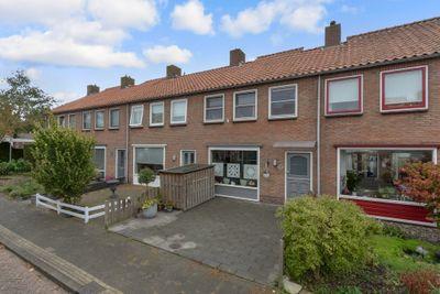 Ina Boudier-Bakkerstraat 8, Vianen