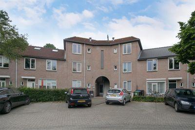 Dommelborch 88, Rosmalen