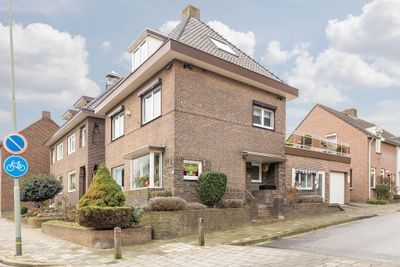 Stationstraat 46, Beek