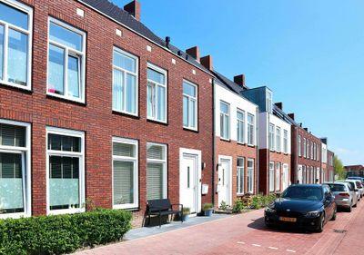 It Bynt 64, Leeuwarden