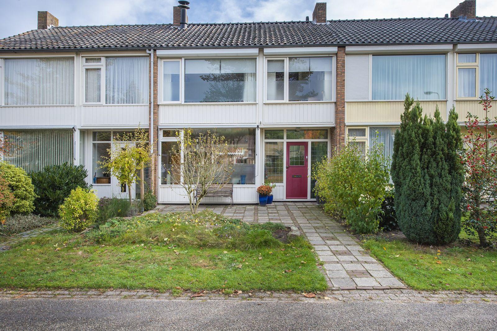 Diepenbrocklaan 15, Roosendaal