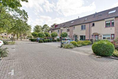 Carrouselweg 120, Apeldoorn