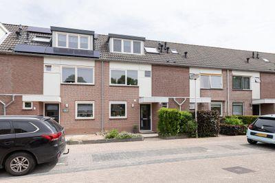 Asterhof 13, Papendrecht