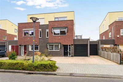 Duinbeek 39, Hoofddorp