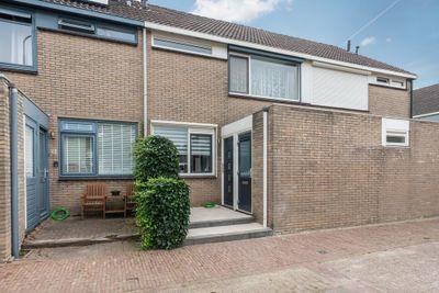 Titus Brandsmakwartier 15, Middelburg