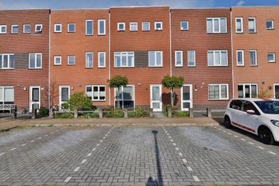 Koningspage 103, Hoogeveen
