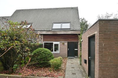 Van der Zaenlaan 42, Hilversum