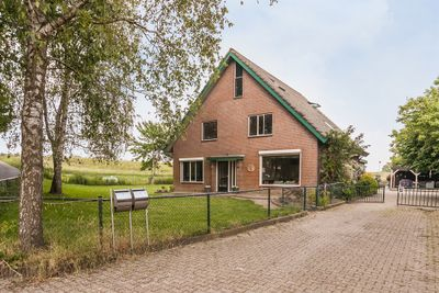 Ooyhuizensestraat 1, Randwijk