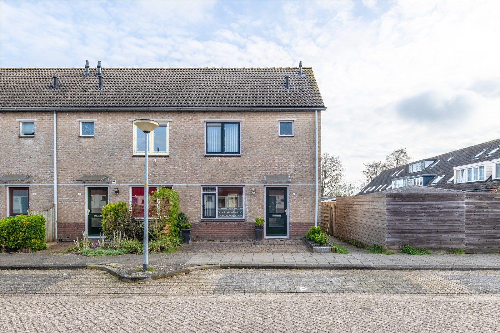 Steven Vennecoolstraat 4, Almere