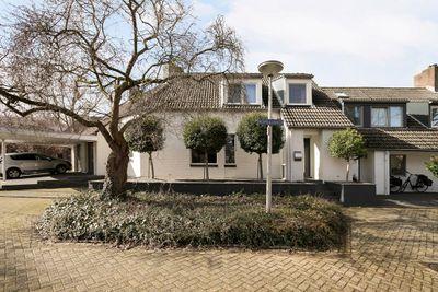 Romulushof 16, Maastricht