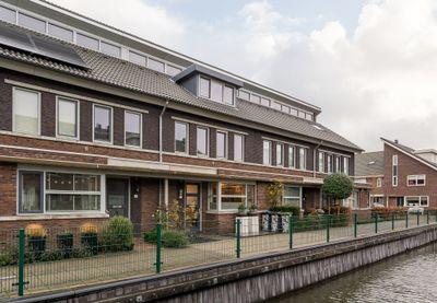 Grijze Walvis 3, Naaldwijk