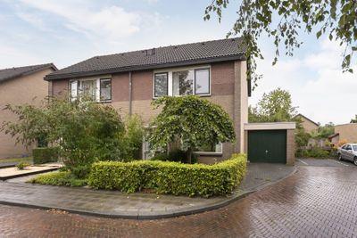 Ribeslaan 7, Winterswijk