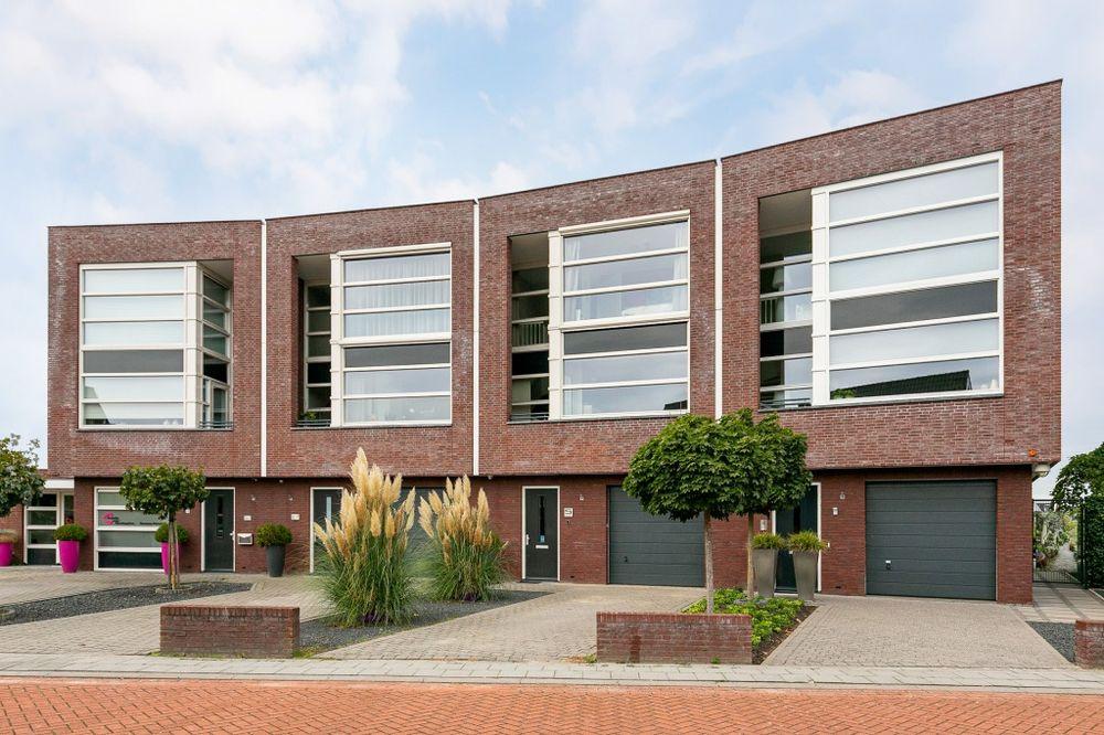 Meindert Hobbemastraat 5, Raamsdonksveer