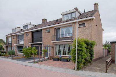 Nassaulaan 38, Waddinxveen