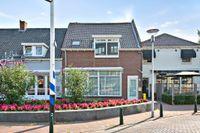 Kade 13, Steenbergen