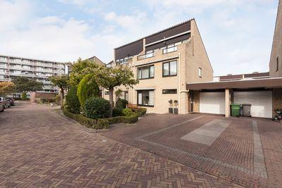 Dominee van Den Boschlaan 126, Rijswijk