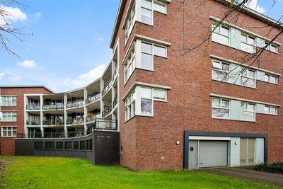 Wintervlinderhof 44, Oosterhout