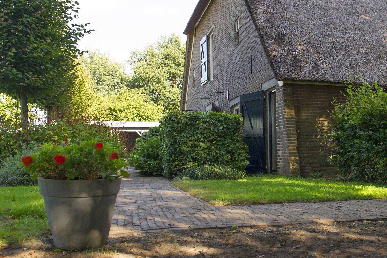Eemster 33, Dwingeloo