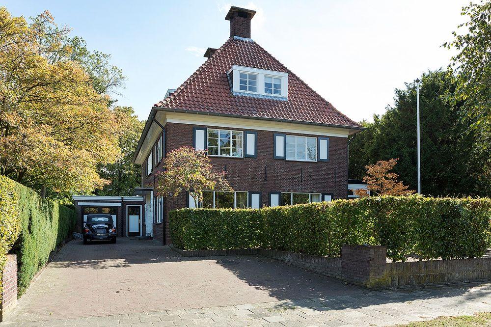 Mauritslaan 10, Helmond