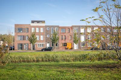 Saturnussingel 311, Almere