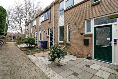 Eekhoornhof 16, Delft