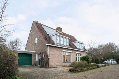 Spreeuwenhof 17, Domburg