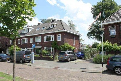 Bernhardsingel, Breda