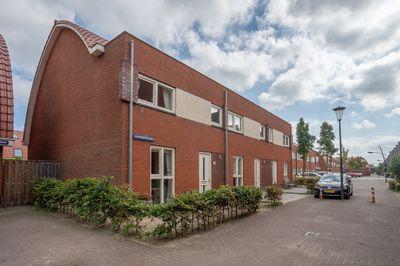 J. Roodenburghstraat 34, Assendelft