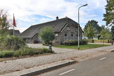 Oshaarseweg 7, Echten