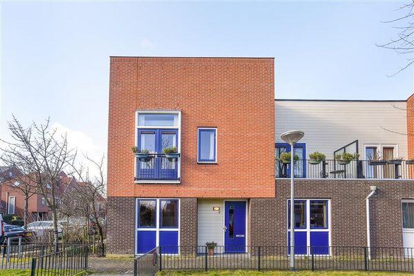 Tancrediplantsoen 2, Nieuw-Vennep