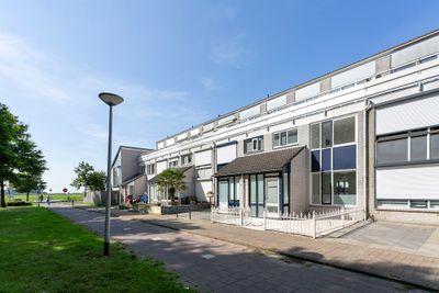 Lupineberg 94, Roosendaal