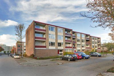 Plutolaan 385, Groningen