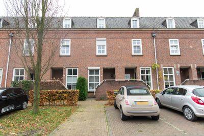 Staartsestraat 10, Huijbergen