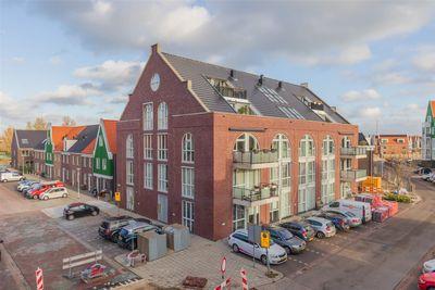 Buitenhuislaan 77, Landsmeer