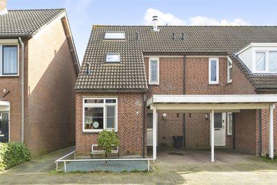 Jan van Scorelstraat 9, Oosterhout
