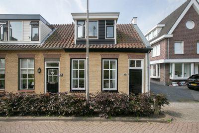 Damweg 24, Ridderkerk
