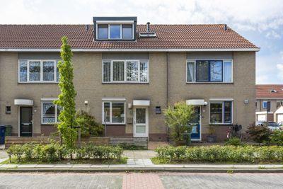 Gipskruidweg 238, Almere