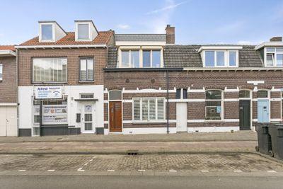 Rosmolenplein 42*, Tilburg