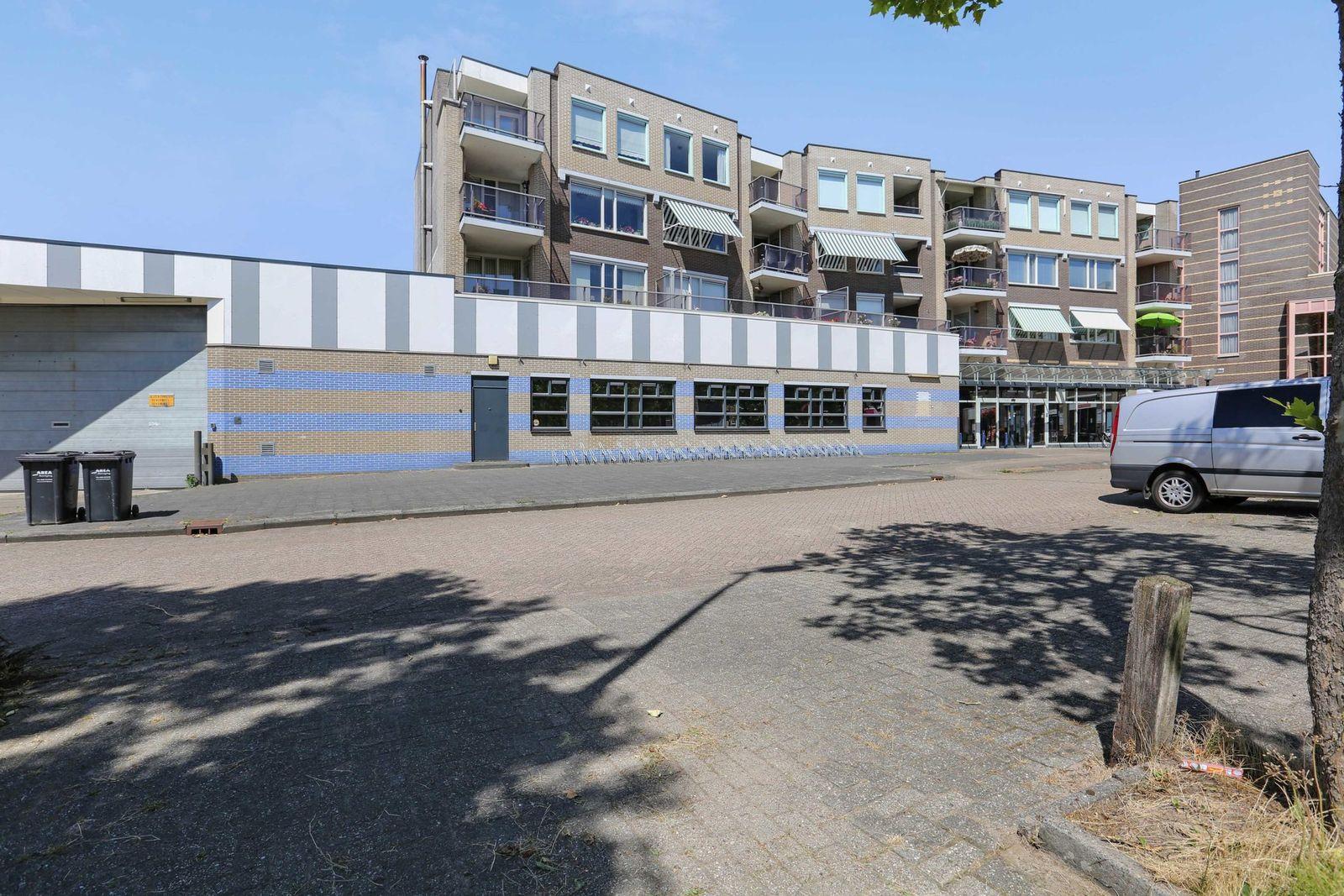 Schutsplein 86, Hoogeveen