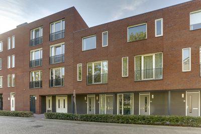 Valkenplein 13, Oosterhout
