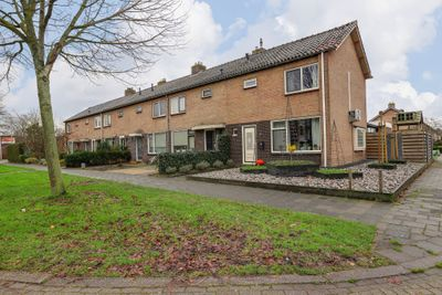 Korhoenlaan 38, Hoogeveen