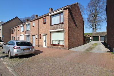 Nieuweweg 32, Hulst
